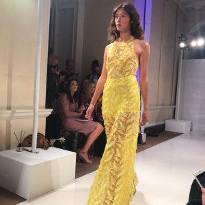 Londra Somerset House kapılarını Türk modacı Zeynep Kartal hanımefendiye açtı. 2018 yaz koleksiyonu kumaşlarının tedariğini yapmaktan onur duyduk.